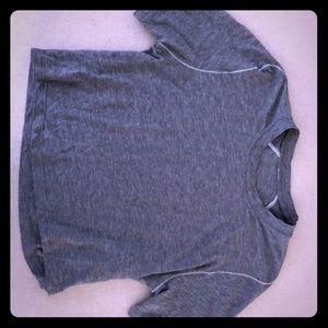 Lulu Lemon size 6 NWOT crop t shirt